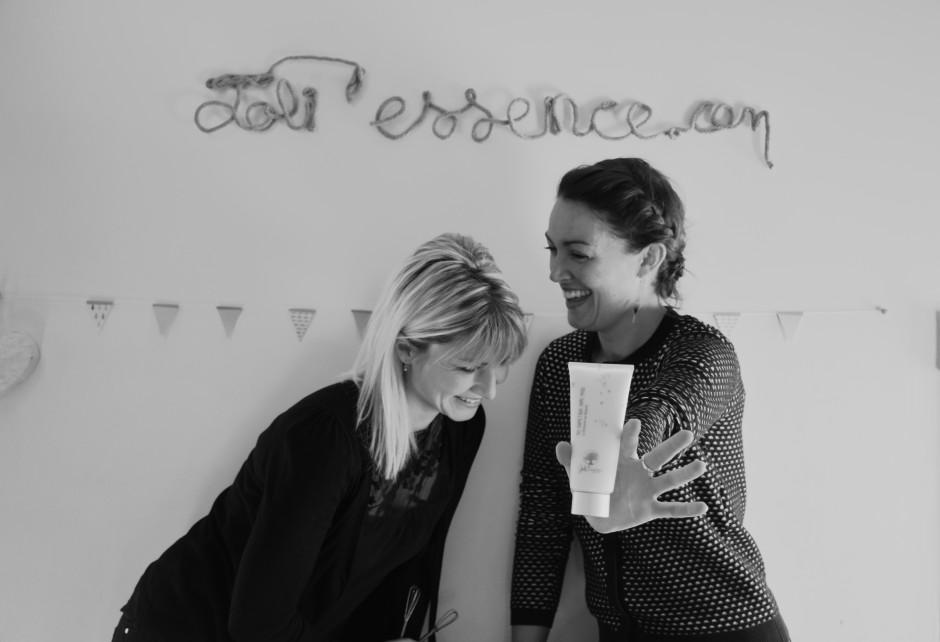 Découvrez l'histoire de Fanny et Tiphanie , la créatrice de la marque de cosmétiques naturels Joli'Essence sur le blog⎟Talented Girls, conseils business et ondes positives pour les femmes entrepreneures !
